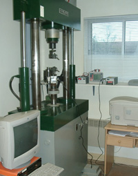 50 tons test equipment - large range extensiometer device
